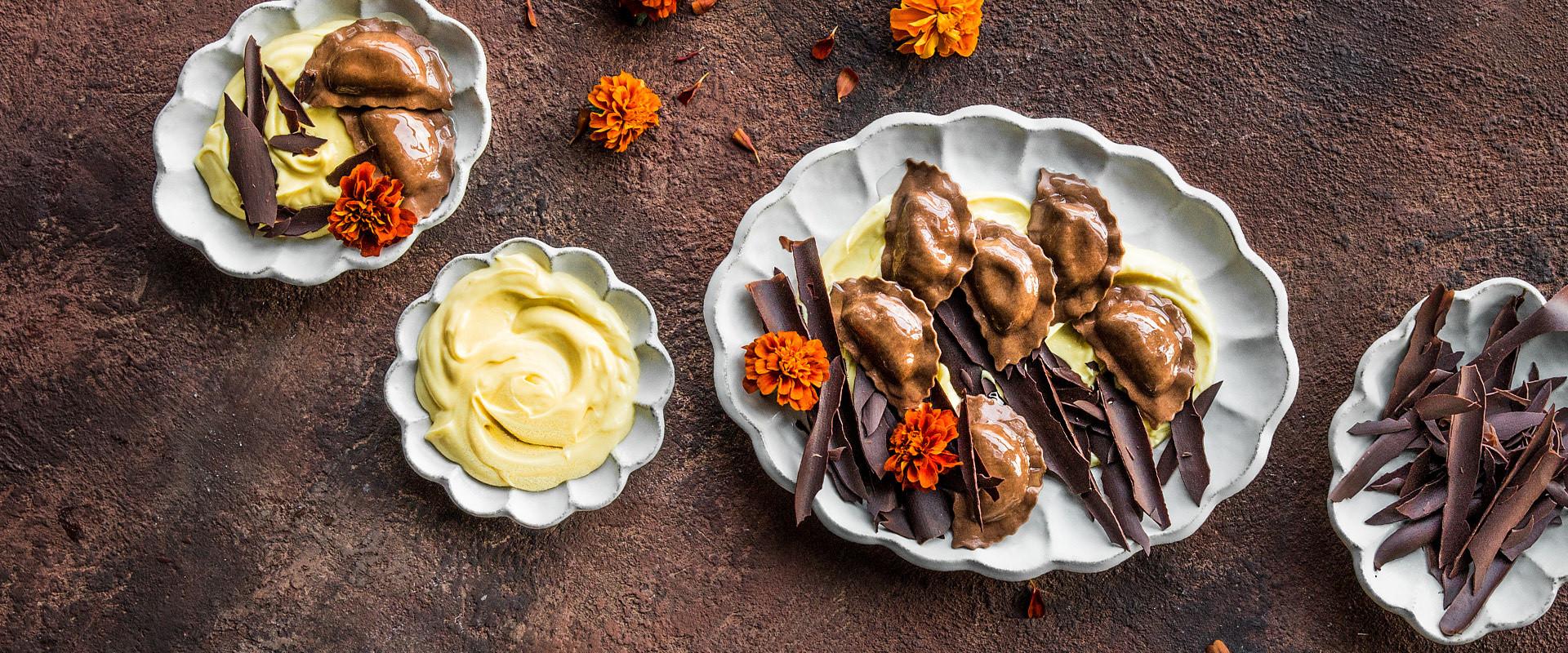 IT-ricette-ravioli-cioccolato-crema-pasticcera-scaglie-cioccolato-D.jpg