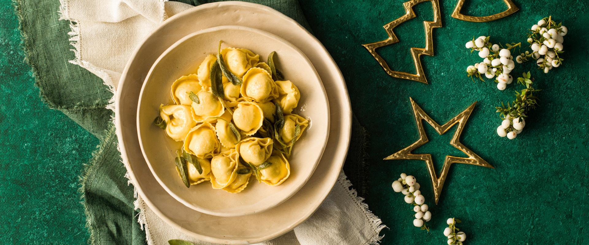 CC-ricette-natale2020-sfogliavelo-ricotta-spinaci-burro-salvia-D.jpg